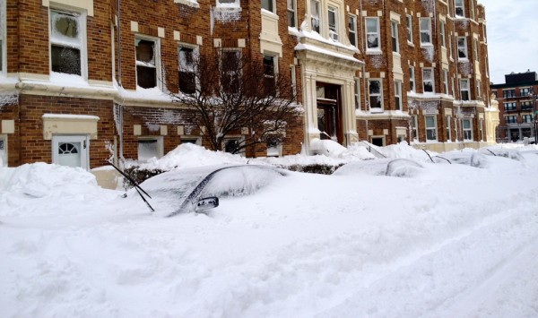 Cars buried in snow near Cleveland Circle. (Photo by Honah Liles/BU News Service)