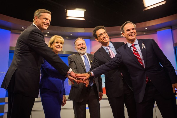 October 7, 2014 - (From left) Massachusetts gubernatorial candidates Charlie Baker, Martha Coakley, Evan Falchuk, Scott Lively, and Jeff McCormick pose for a photo before the gubernatorial debate at WBZ-TV in Boston . (©Jun Tsuboike/BU News Service)