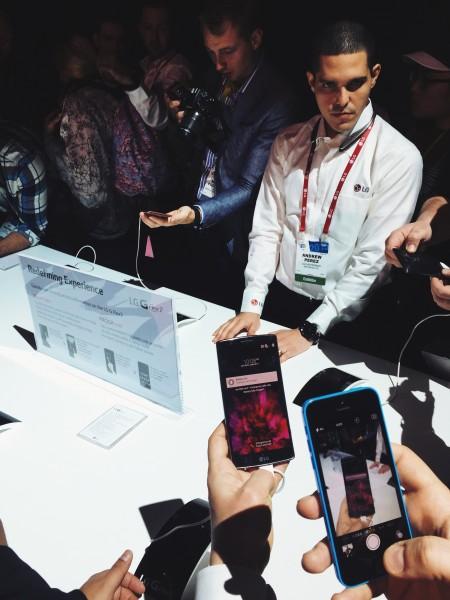 LG G Flex2 at CES 2015