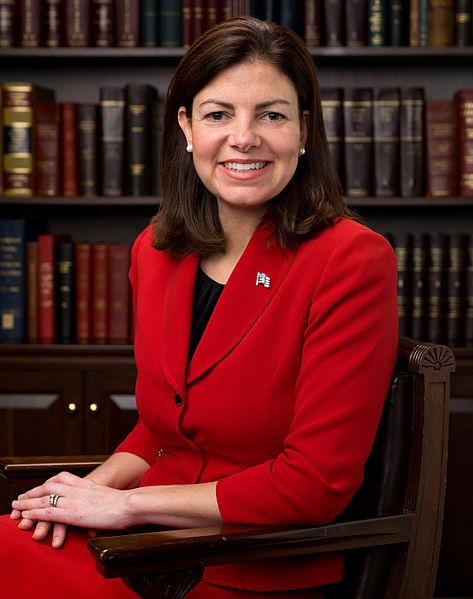 Image: Official portrait of US Senator Kelly AYotte.