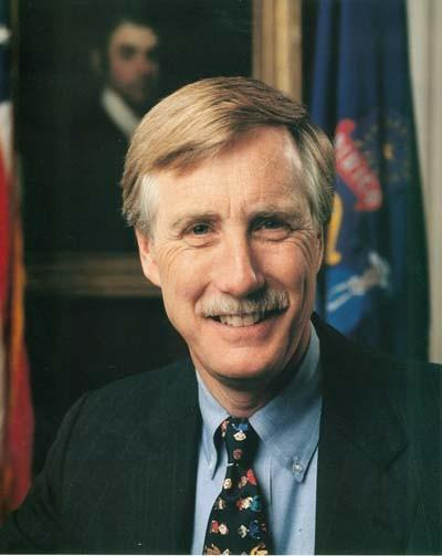 Senator Angus King, a Maine independent, gives a history lesson and calls for compromise in first Senate floor speech.